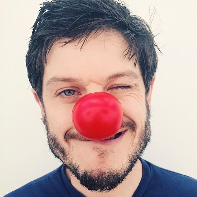 Iwan Rheon Instagram username