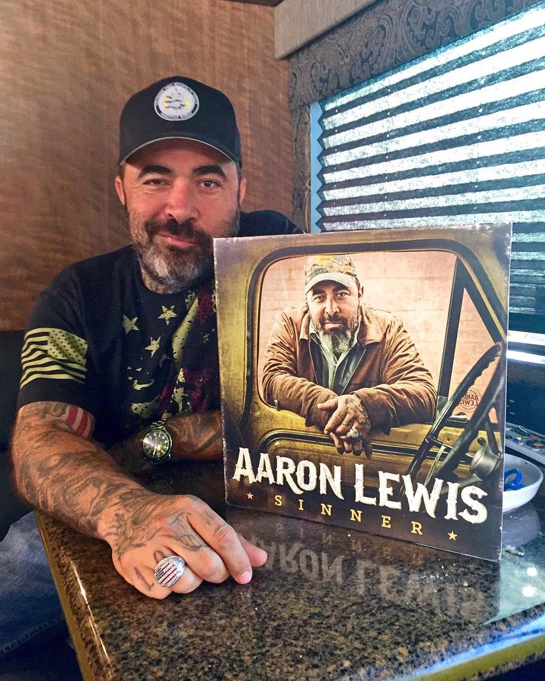 Aaron Lewis Instagram username