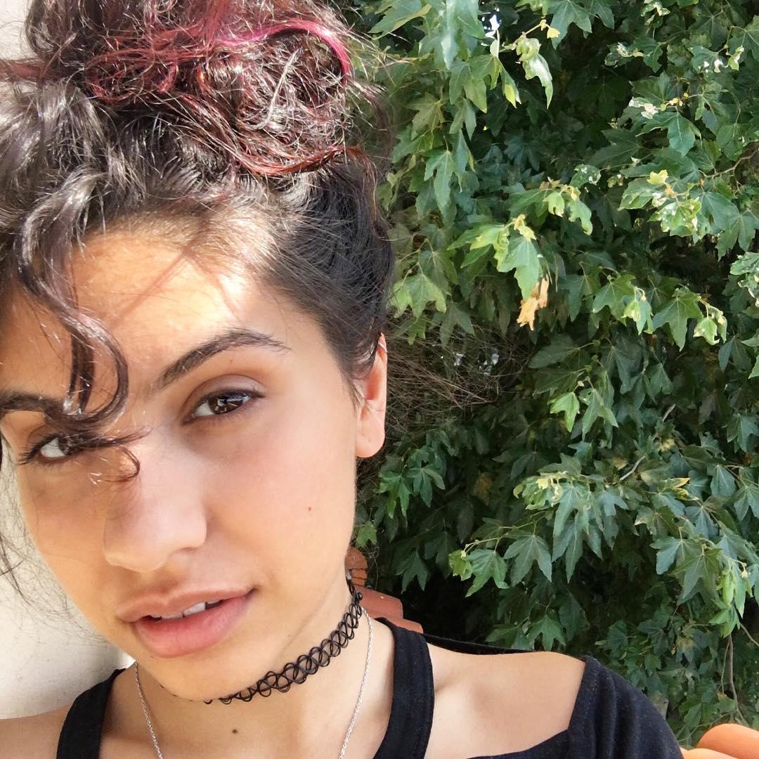 Alessia Cara Instagram username