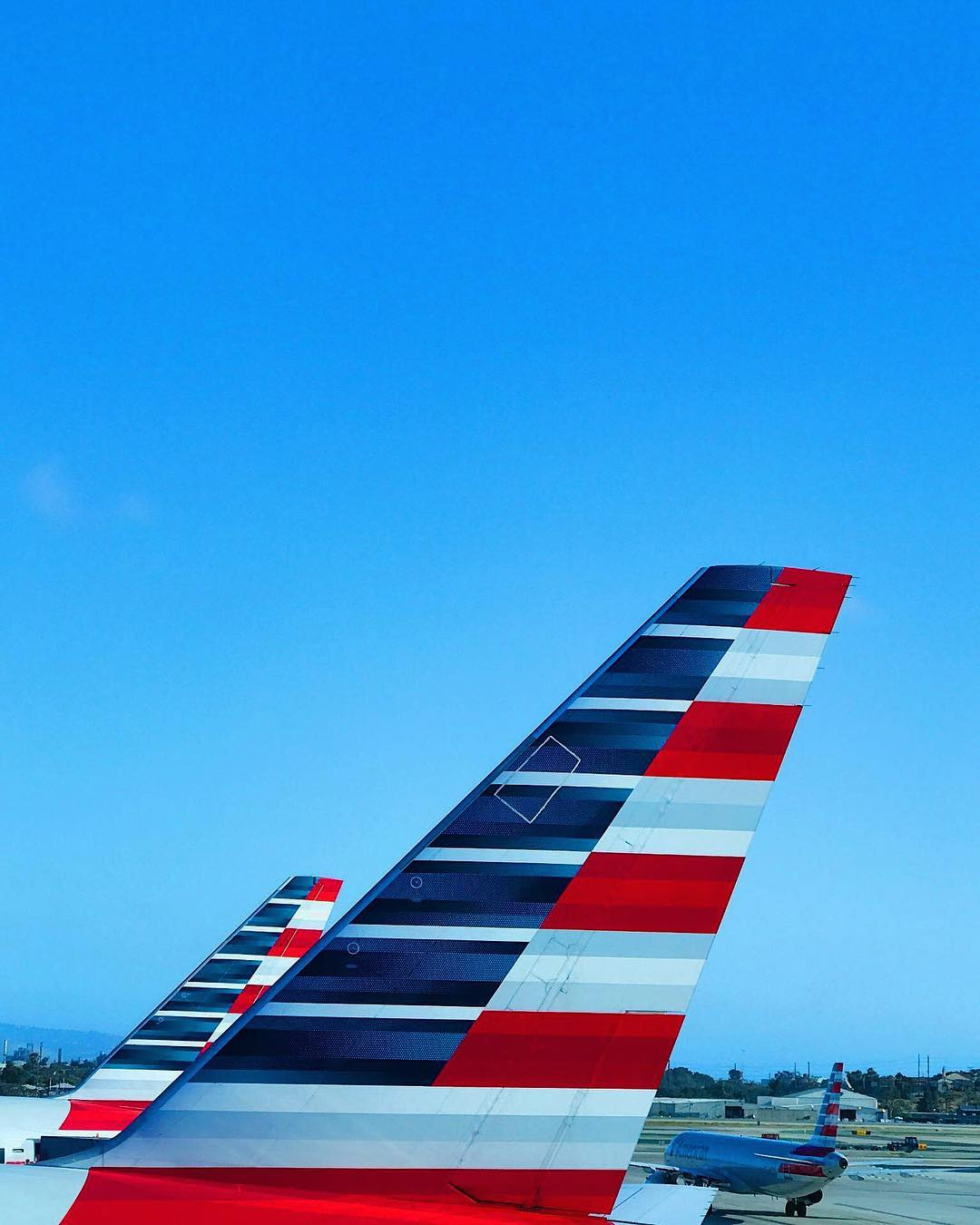 American Airlines Instagram username
