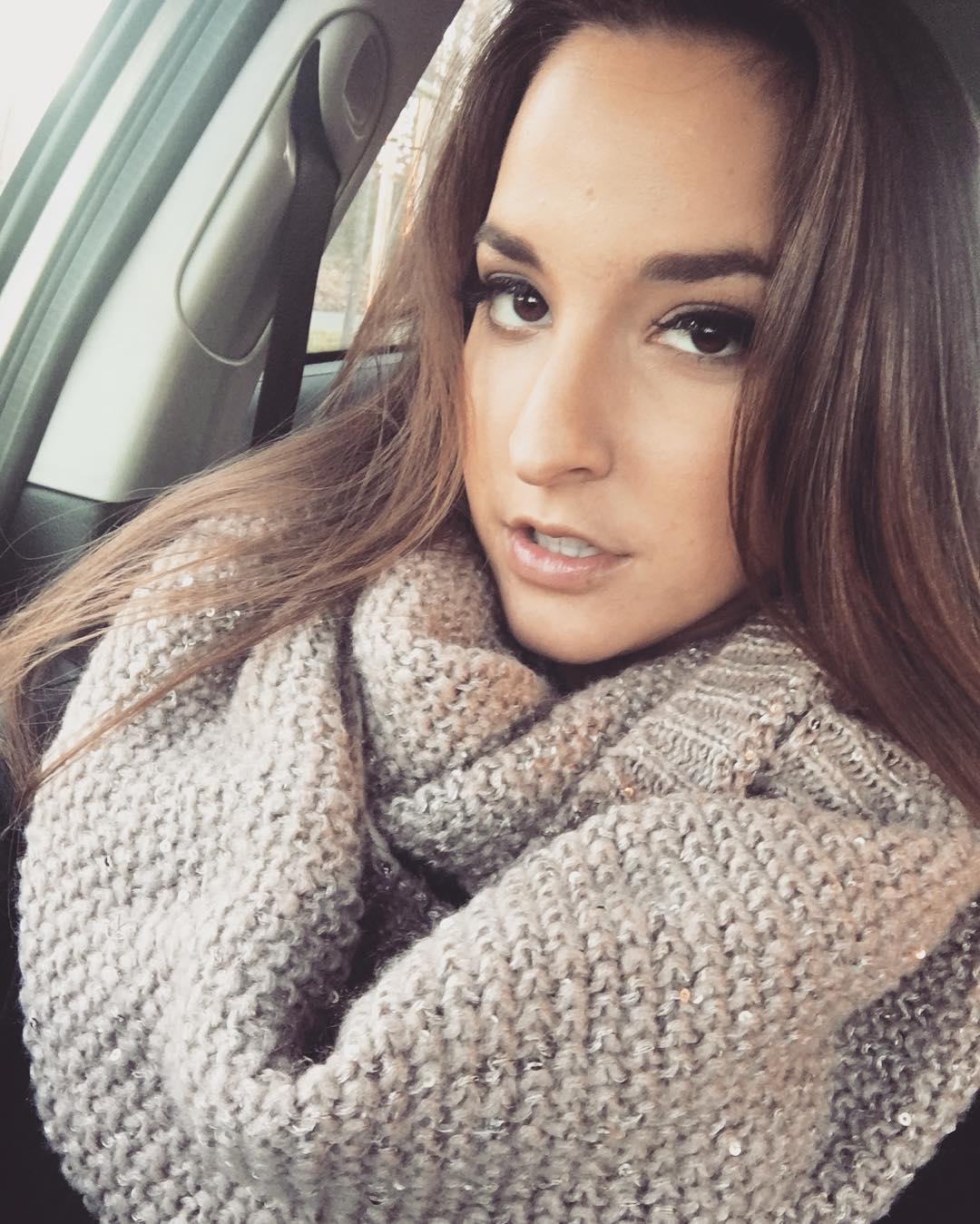 Amirah Adara Instagram username