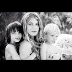 Angela Lindvall Instagram username