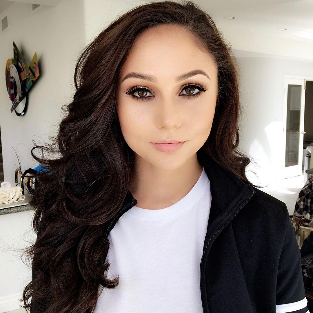 Ariana Marie Instagram username