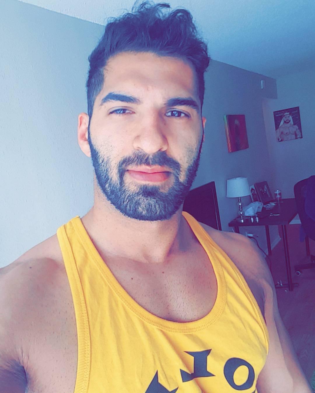 Ariya Daivari Instagram username