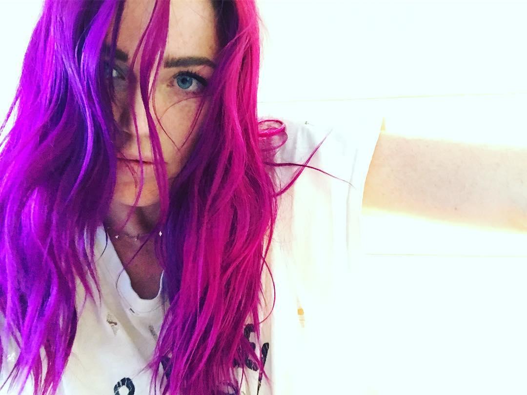 Caity Lotz Instagram username