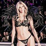 Devon Windsor instagram