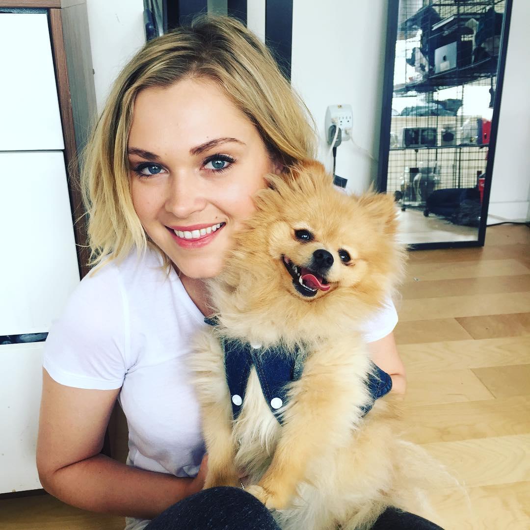 Eliza Taylor Instagram username