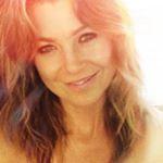 Ellen Pompeo Instagram username