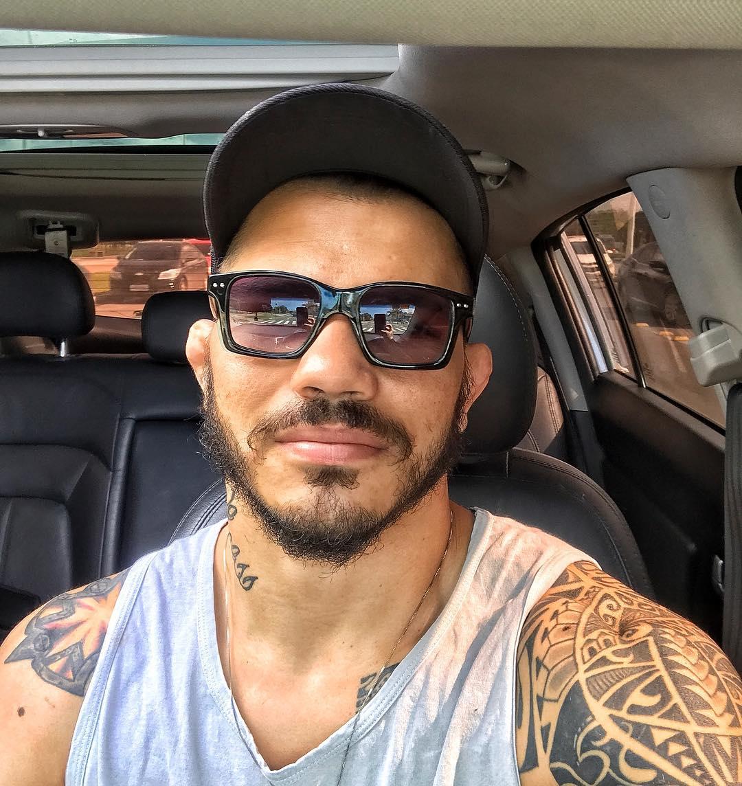 Erick Silva Instagram username