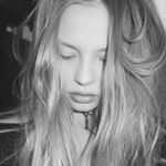 Magdalena Frackowiak Instagram username