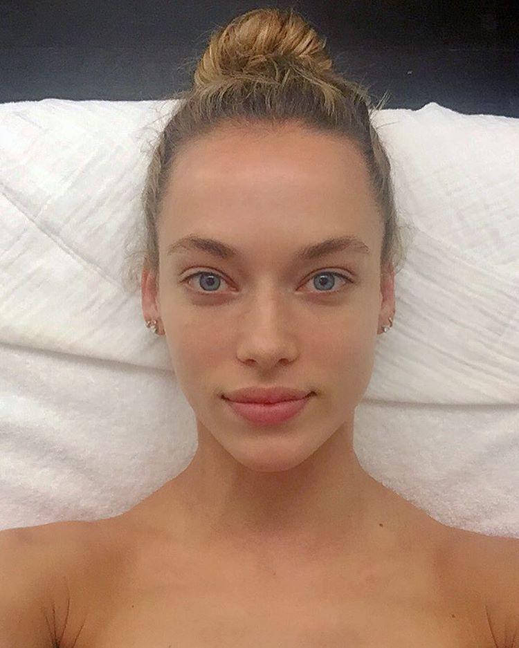 Hannah Ferguson Instagram username
