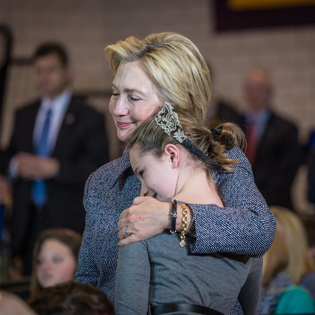 Hillary Clinton Instagram username