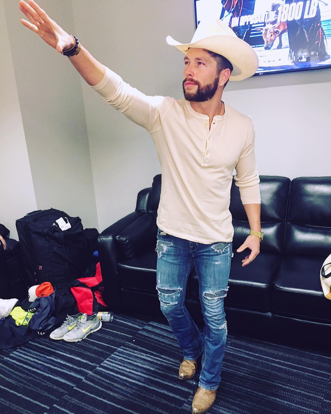 Chris Lane Instagram username