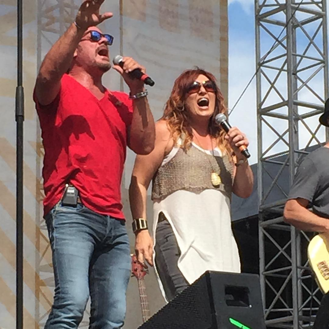 Jo Dee Messina Instagram username