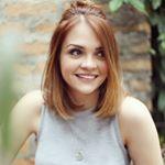 Karol Pinheiro Instagram username