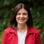 Kelly Ayotte Instagram username