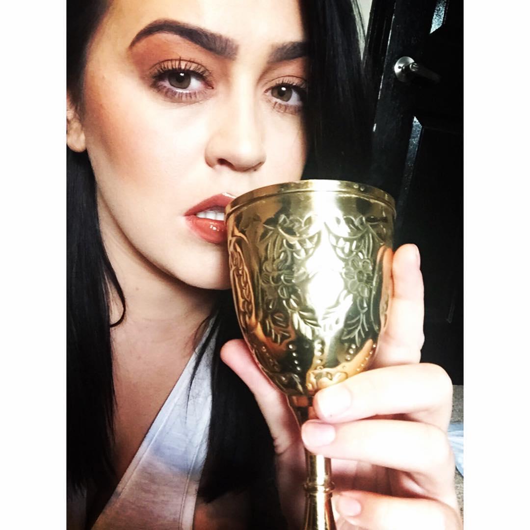 Leanne Crow instagram