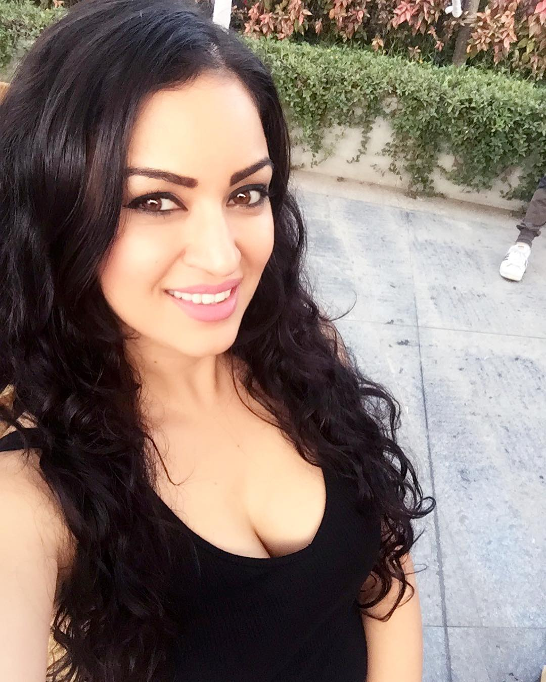Maryam Zakaria Instagram username