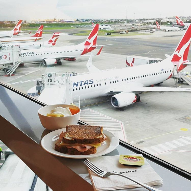 Qantas Airways Instagram username