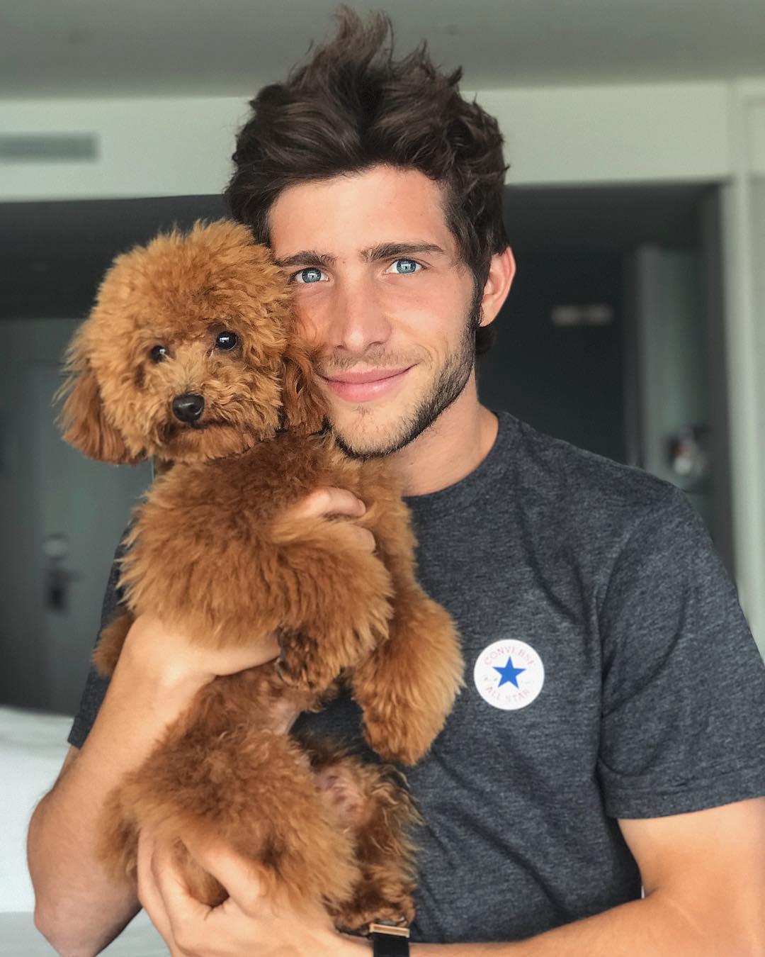 Sergi Roberto Instagram username
