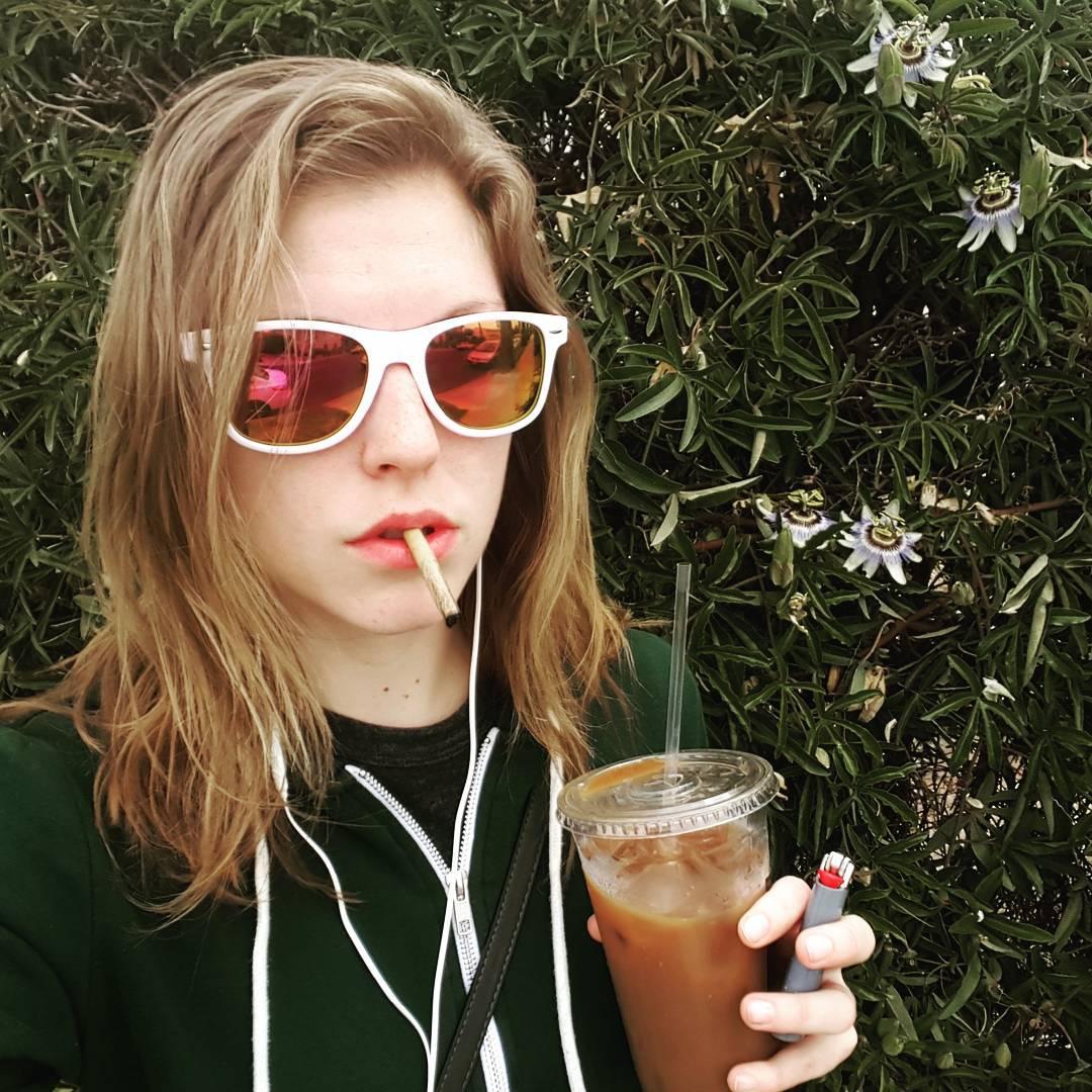Ella Nova Instagram username