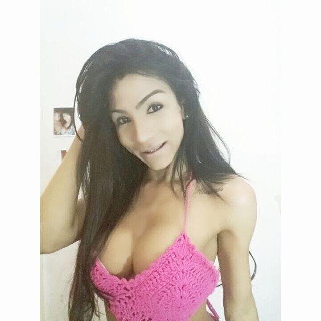 Yasmim Dornelles Instagram username