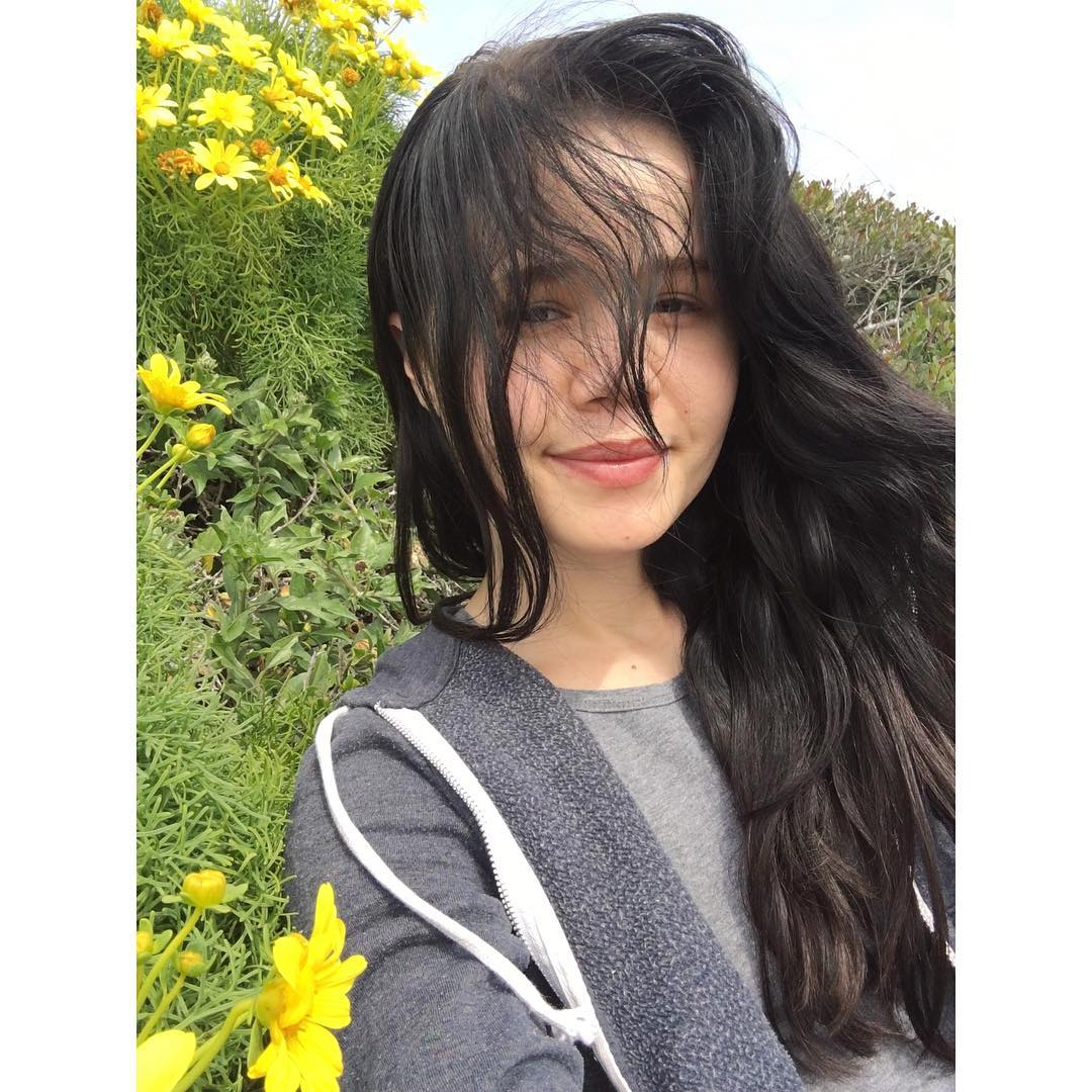 Yhivi Instagram username